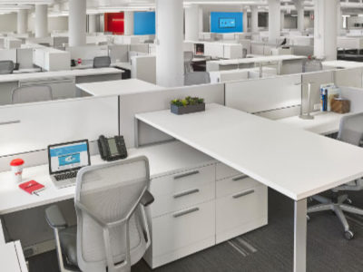 100s of High-quality Used Office Desks